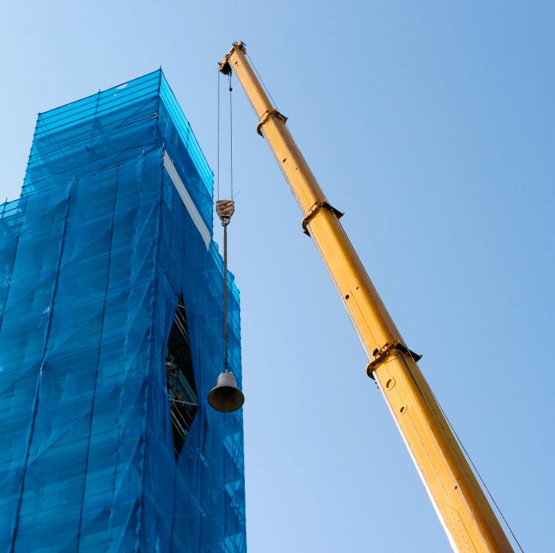 Demag AC 205 per sostituzione campane del campanile della parrocchia di Cavasagra.